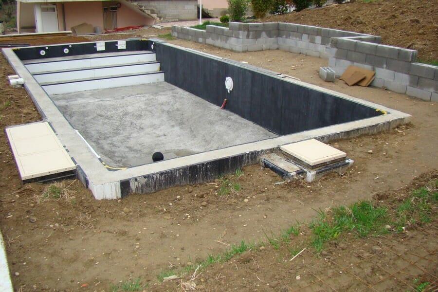 7 Najčastejších chýb pri rekonštrukcií bazéna
